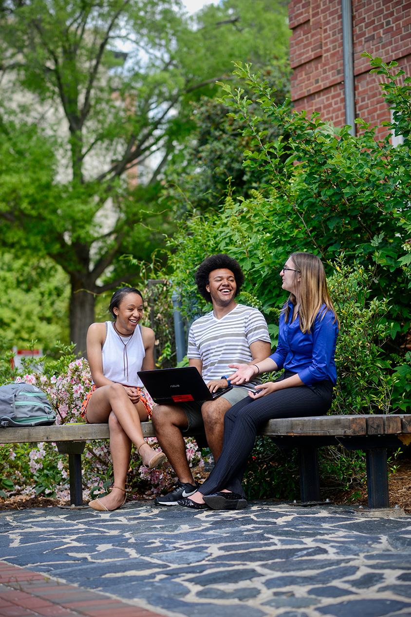 Undergraduate Students gathered on main campus for a break