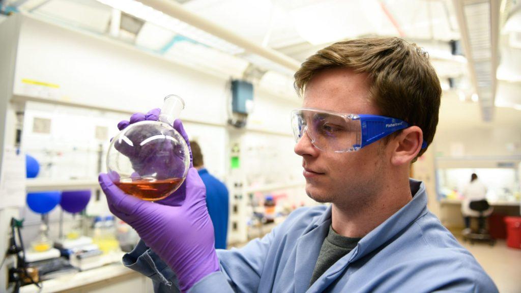 Undergraduate student in the lab