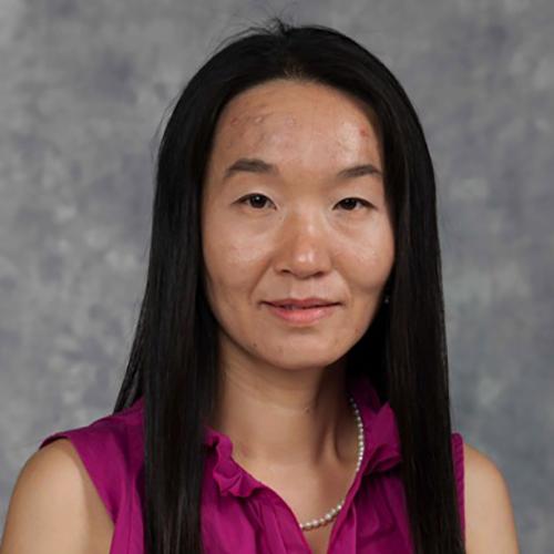 Yi Xiao Headshot